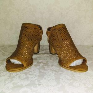 Milliana Heeled Sling Back Boots Chestnut 8.5